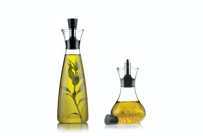 eva solo Oil/vinegar carafe 0.5l and Dressing Shaker 0.25l, Photo Credit: eva solo