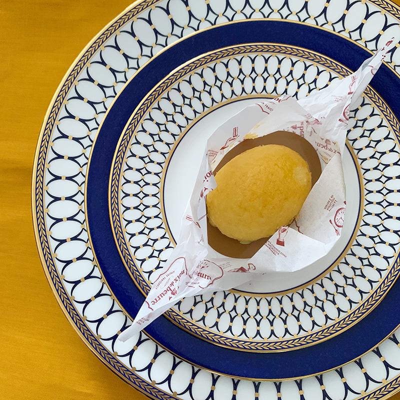 ノワ・ドゥ・ブール(noix de beurrel)のレモンのケーキ