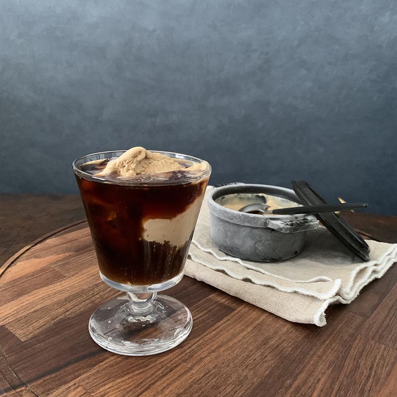 コーヒーフロートにしたコーヒーアイスクリーム