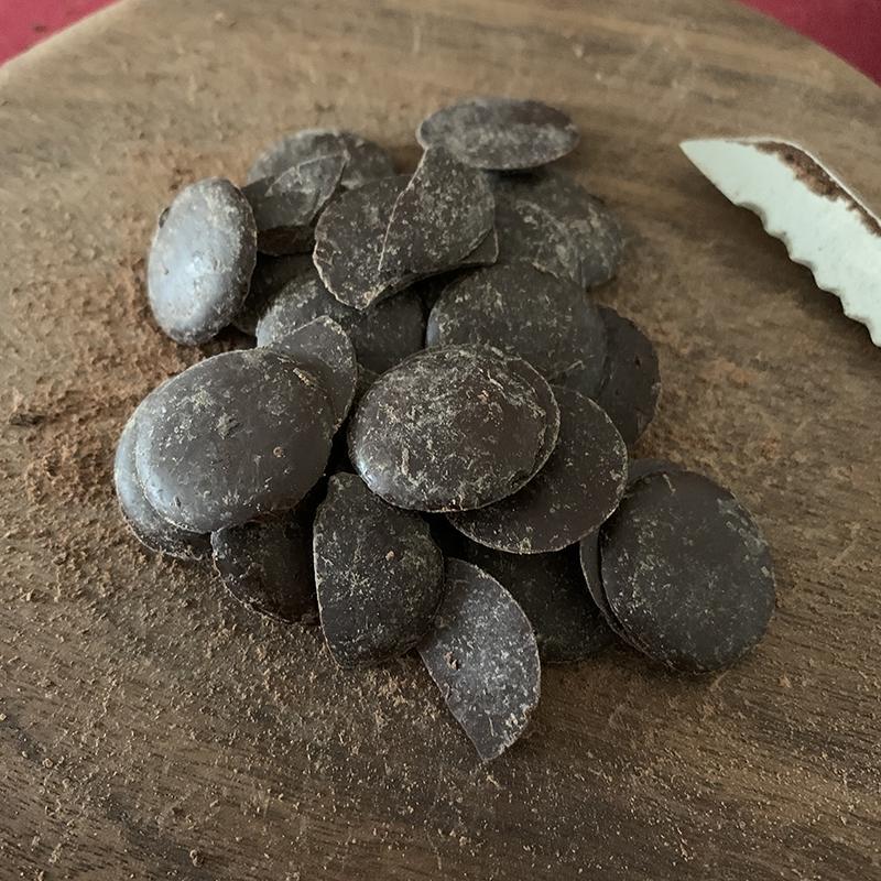 チョコレートガナッシュを作る