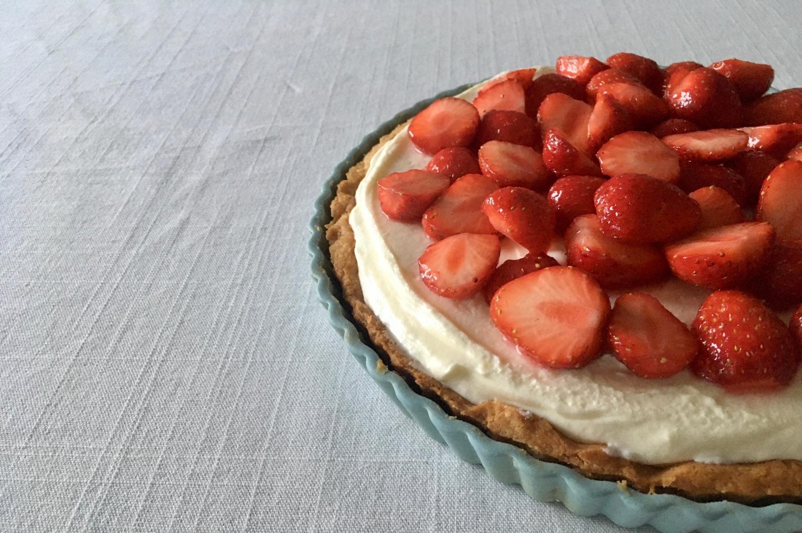 苺のクリームチーズタルト